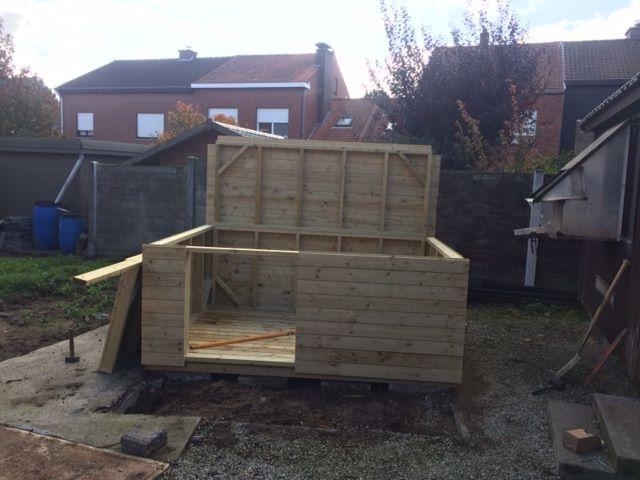 opbouwen van een tuinhuisje